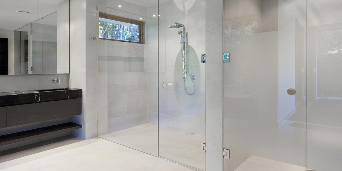 Glass shower screens from O'Brien Glass